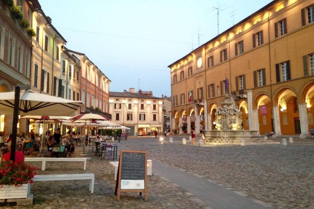 piazza del popolo cesena